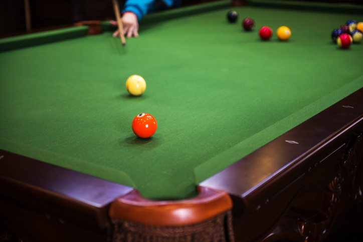 Choosing a Pool Table Felt for Your Table